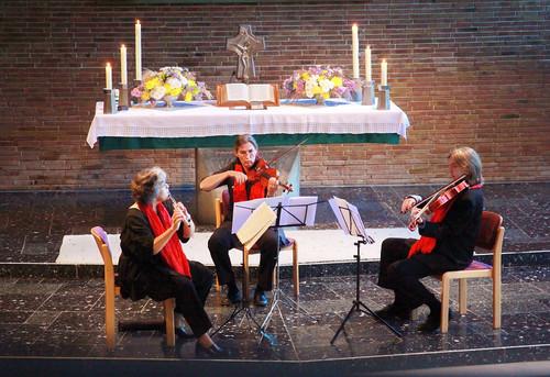 WORT und MUSIK: Kammermusik mit dem Trio Elaya